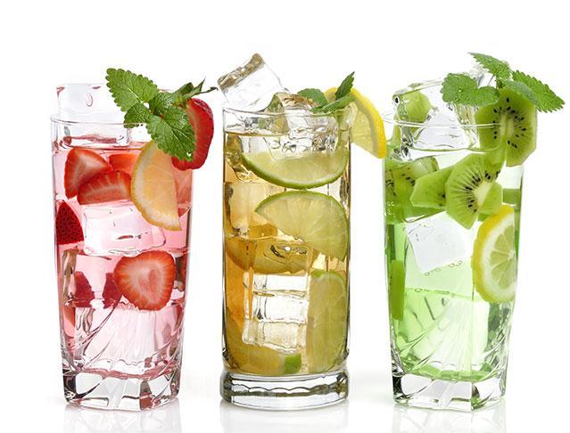 6 Bebidas refrescantes que adelgazan